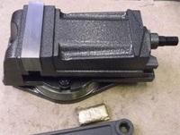 Тиски станочные 100 мм (7200-0208)